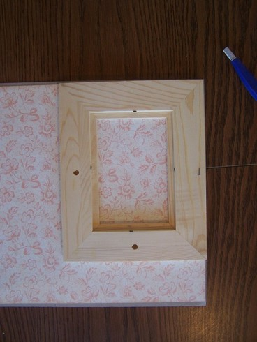 How To Decorate A Baby Room Using Altered Frames Lamp And