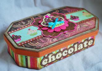 **Collage Press Reveal** Chocolate Box