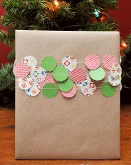 Gift Wrap Garland