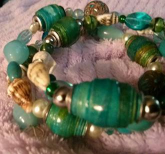 bracelets made from paper beads