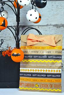 Halloween Treat Bag *SRM Press*