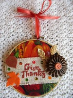 Give Thanks hoop decoration