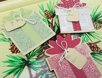 Present-shaped Gift Card Holders