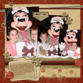 Minnie at Liberty Tree at Disney