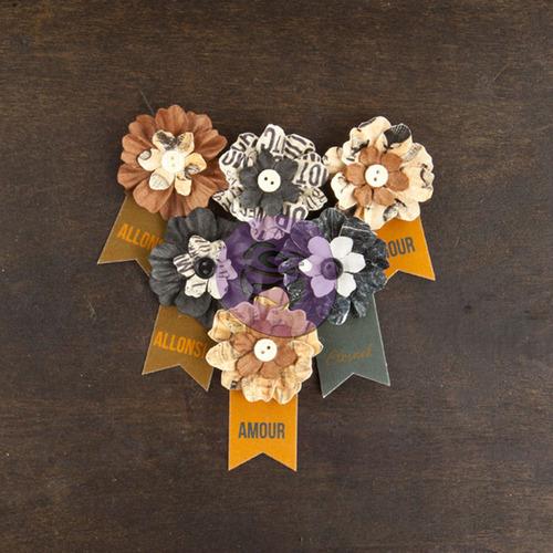 Explorer Paper Flowers - Cartographer - Prima
