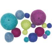 Cool Assorted 16/Pkg - Feltworks Balls