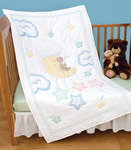 """Bear On The Moon - Stamped White Quilt Crib Top 40""""X60"""""""