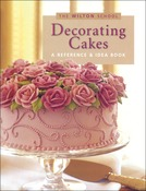 Decorating Cakes - Wilton Books