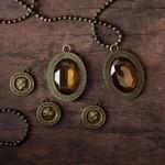La Rochelle Antique Trinkets - Memory Hardware - Prima