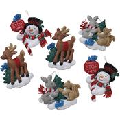 """5""""X5"""" Set Of 6 - Santa Stop Here Ornaments Felt Applique Kit"""