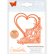 Blossomed Heart - Tonic Studios Fanciful Floral Die