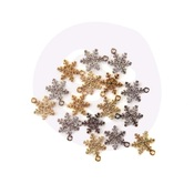 Christmas In The Country - Snowflake Charms - Prima